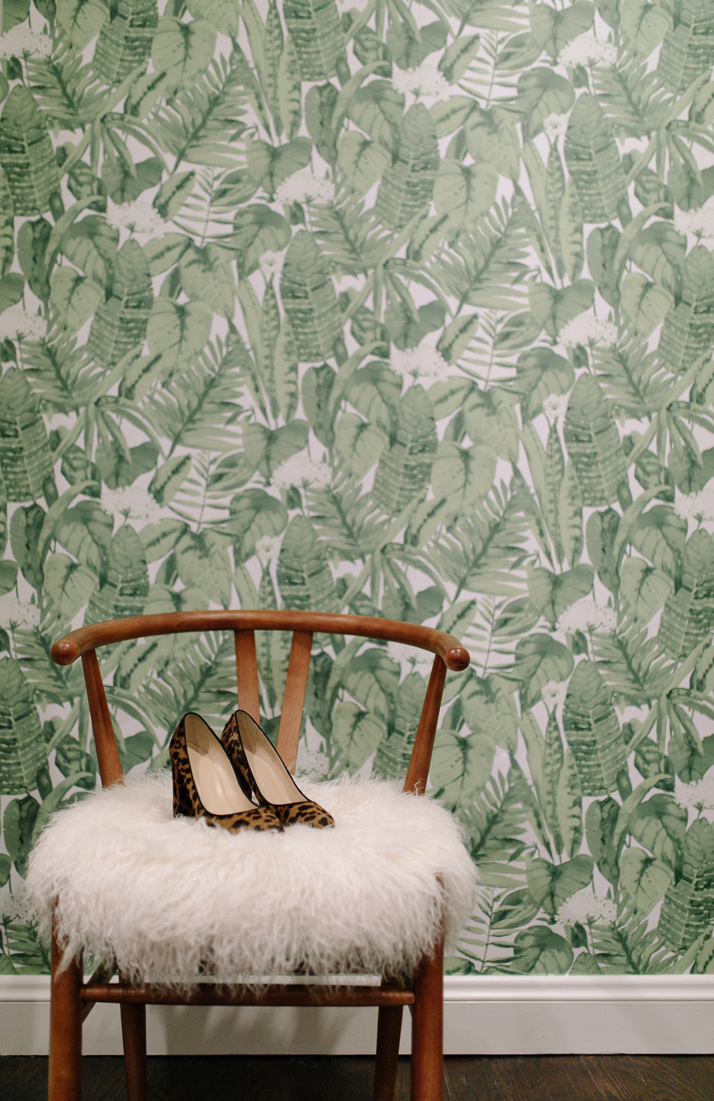 Muted Jungle Wallpaper from Tempaper